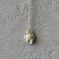 Triangle halssmykke sølv